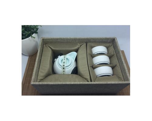 茶具套装-雪花釉企鹅壶-(白曼)