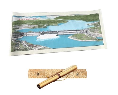 长江三峡水利枢纽蜀锦
